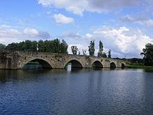 Ponte Buriano httpsuploadwikimediaorgwikipediacommonsthu