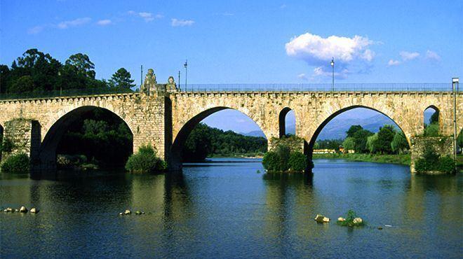 Ponte da Barca httpswwwvisitportugalcomsiteswwwvisitportu