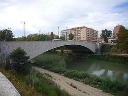 Ponte Testaccio httpsuploadwikimediaorgwikipediacommonsthu