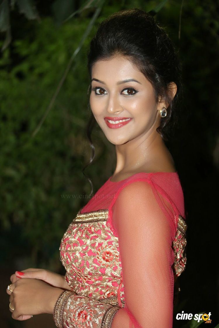 Pooja Jhaveri jhaveri at bham bolenath audio launch 12