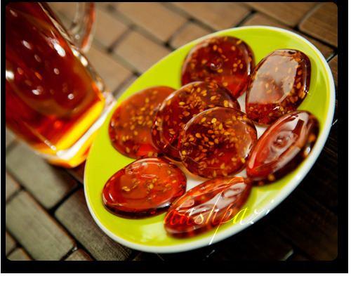 Poolaki Poolaki Saffron Sesame Candy