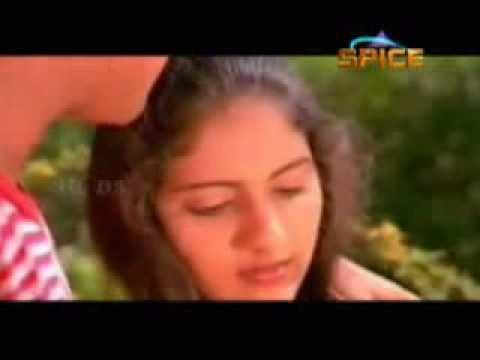 Poomukhappadiyil Ninneyum Kaathu Poomkaatinodum Poomukhapadiyil Ninneyum Kaathu 1986flv YouTube