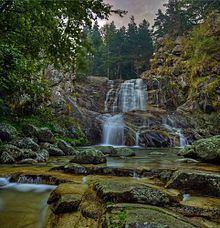 Popinolashki waterfall httpsuploadwikimediaorgwikipediacommonsthu