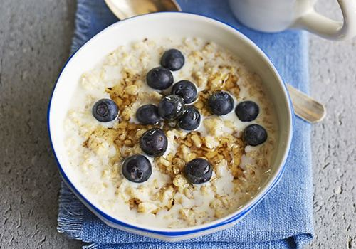 Porridge How to make porridge and the health benefits of oats BBC Good Food