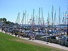 Port Huron to Mackinac Boat Race httpsuploadwikimediaorgwikipediacommonsthu