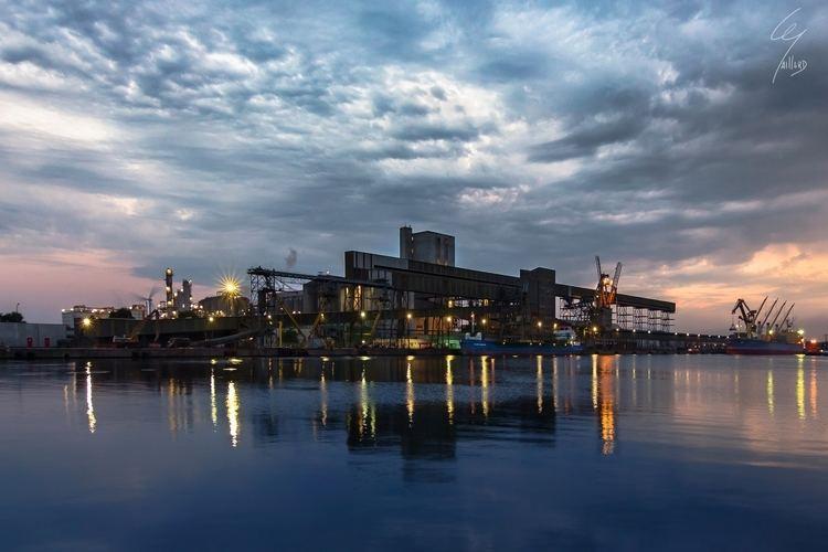 Port of Ghent httpsfarm1staticflickrcom37919737024659e5b