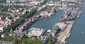 Port of Mainz httpsuploadwikimediaorgwikipediacommonsthu