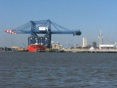 Port of Mobile Ships leaving Port of Mobile today as Isaac looms ALcom