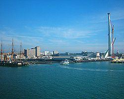 Portsmouth Harbour httpsuploadwikimediaorgwikipediacommonsthu