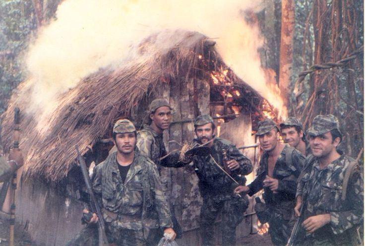 Portuguese Colonial War Portuguese Army Colonial Warfare Guerras Coloniales Pinterest