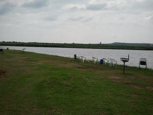 Potchefstroom Dam httpsmw2googlecommwpanoramiophotosmedium