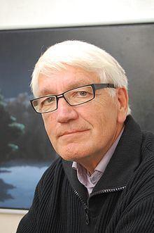 Poul Anker Bech httpsuploadwikimediaorgwikipediacommonsthu
