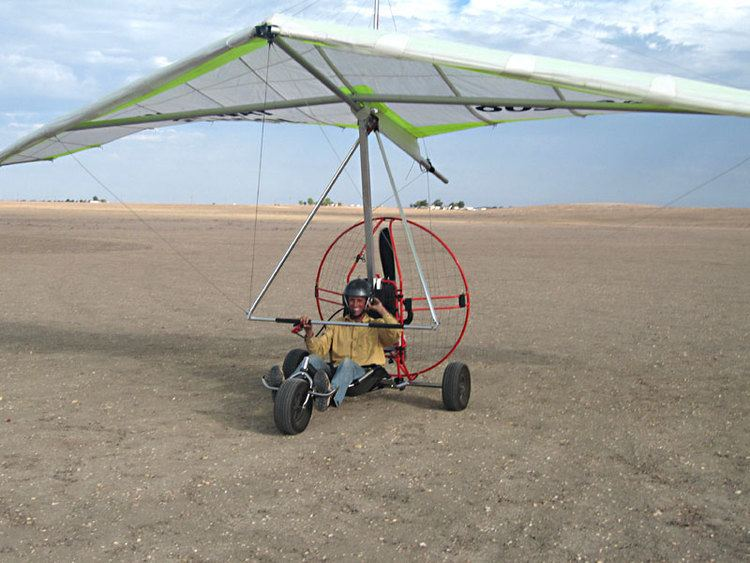 Powered hang glider TrikeBuggy Delta Powered Hang Glider Ultralight Trike Delta Trike