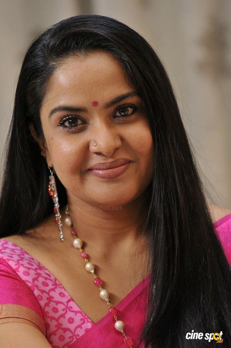 Pragathi (actress) wwwcinespotnetgalleryd20134881PragathiinD