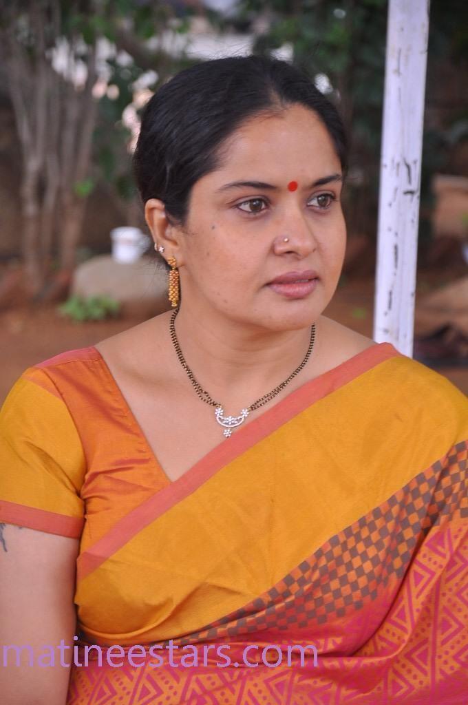 Pragathi (actress) Pragathi Photos Actress Gallery High Resolution