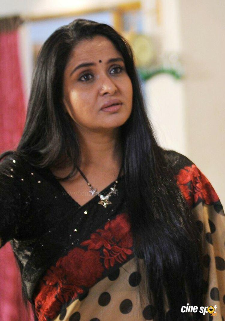 Pragathi (actress) PragathiinDongataMoviePhotos1jpg