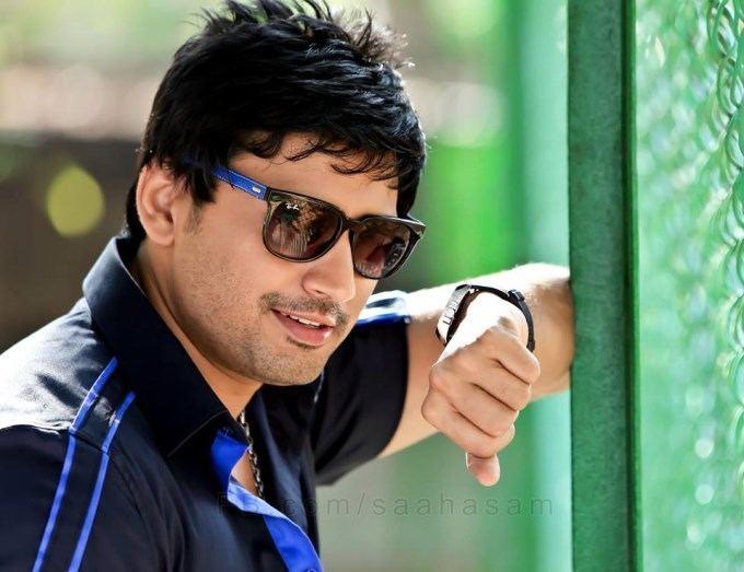 Prashanth (actor) photosfilmibeatcomphbig201405prashanththya