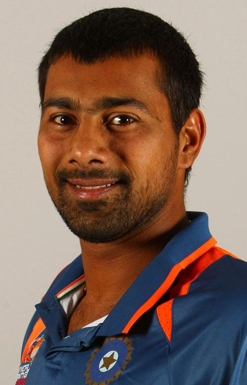 Praveen Kumar (Cricketer) in the past
