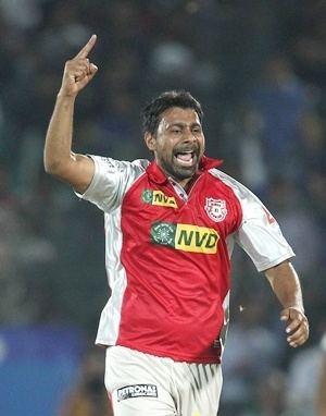 IPL Stats Praveen Kumar is most economical bowler Rediffcom Cricket