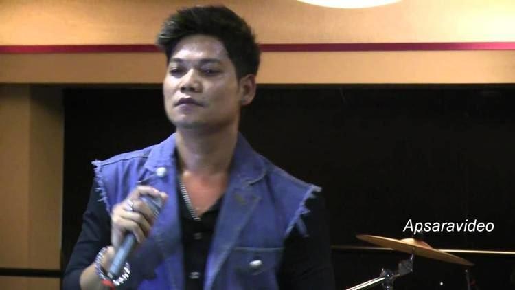 Preap Sovath Preap Sovath sings a Khmer Leur song on his 2013 USA Tour