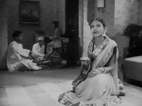 Prem Kahani 1937 Tumhare Karan Bhayi YouTube