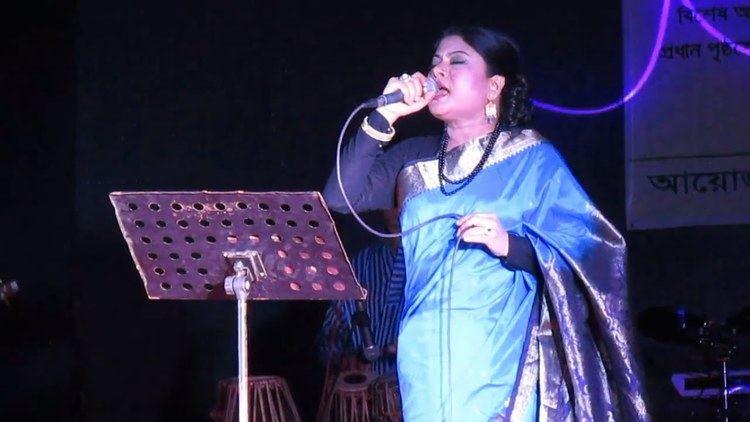 Premer Taj Mahal Amar Premer Tajmahal Live song by Singer Kanak Chapa in Durga Puja