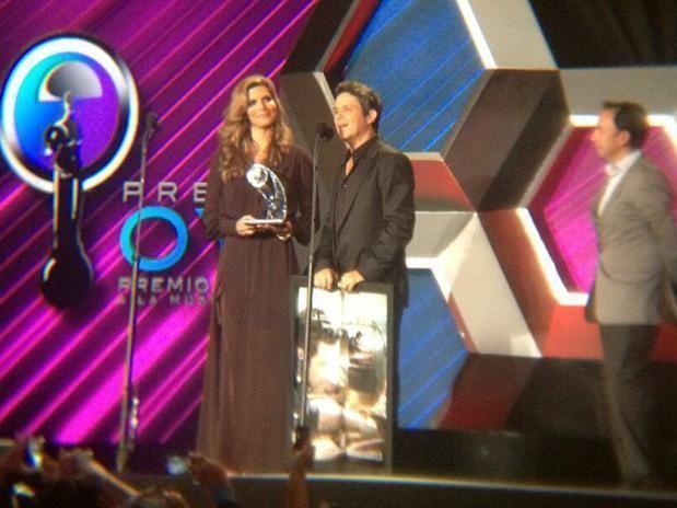 Premios Oye! Deslumbrante noche de msica y estrellas en los Premios Oye 2013