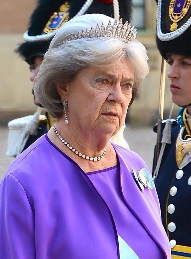 Princess Margaretha, Mrs. Ambler httpsuploadwikimediaorgwikipediacommons66