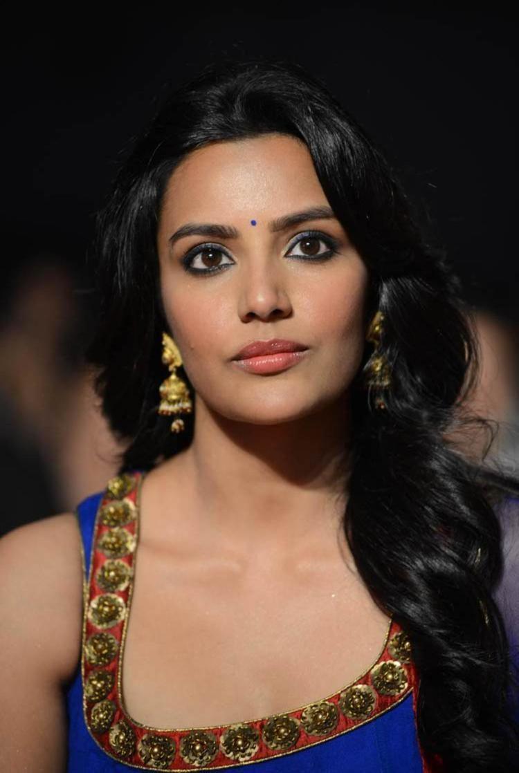 Priya Anand priya anand Stills in ko ante koti Moviepriya anand