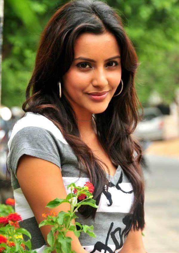 Priya Anand PriyaAnandPhotosjpg