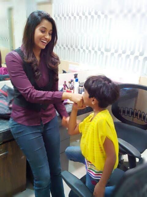 Priya Bhavani Shankar Small Boy Kisses Priya Bhavani Shankar Telewood