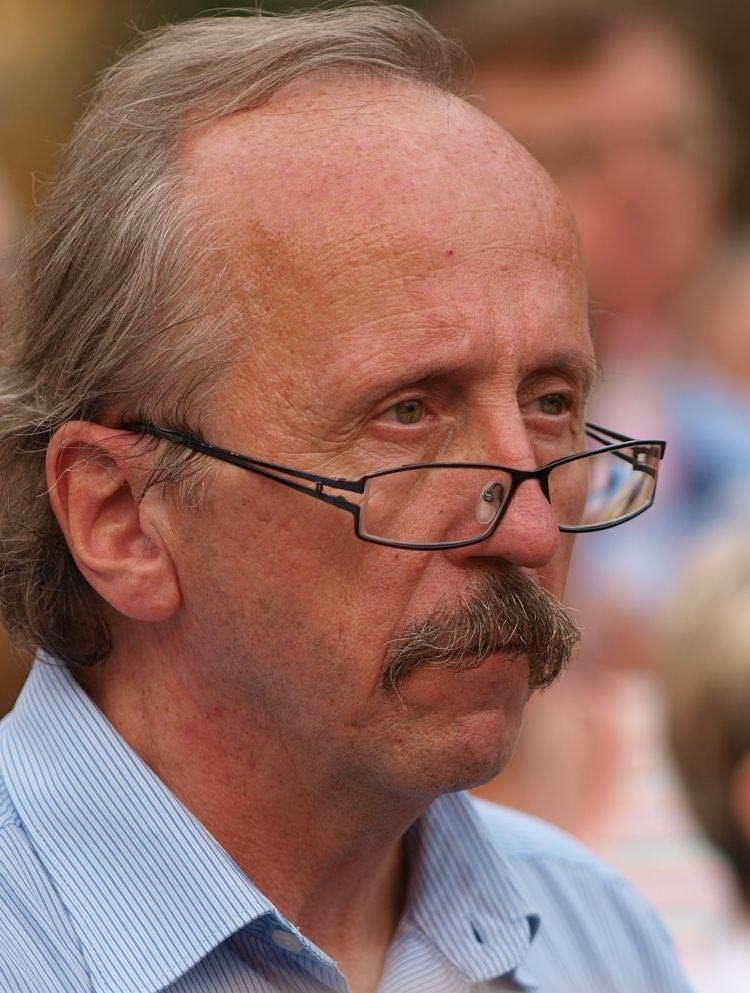 Péter Niedermüller httpsuploadwikimediaorgwikipediacommonsbb