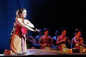 Puteri Gunung Ledang (film) Puteri Gunung Ledang musical Wikipedia