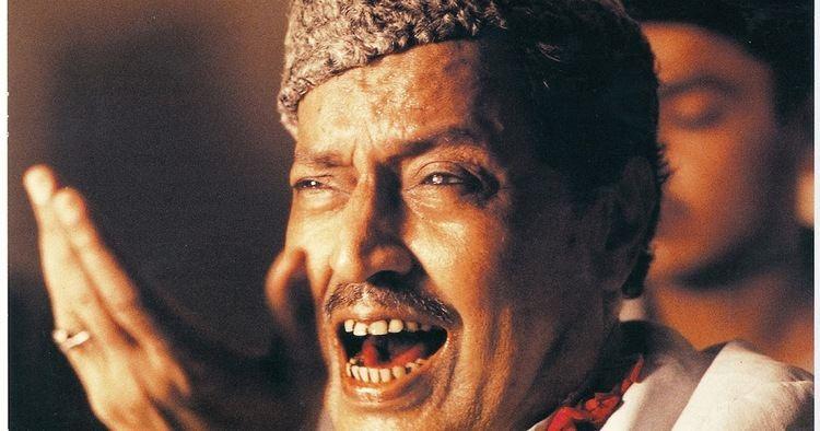 Qawwal Bahauddin Khan Sufi Music Mori Rung Do Chunaiyra Ustad Bahauddin Qawwal