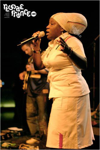 Queen Omega (singer) Reggaefrancecom Fiche artiste Queen Omega