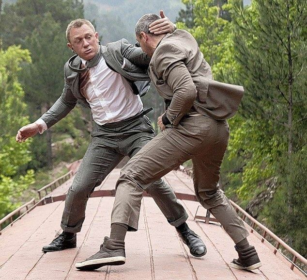 Queen Sized movie scenes Action packed 007 fighting on top of a train in a scene from the film After the crashing disappointment that was Quantum Of Solace in 2008 Skyfall marks