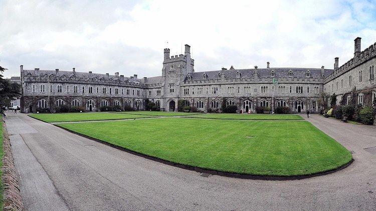 Queen's University of Ireland