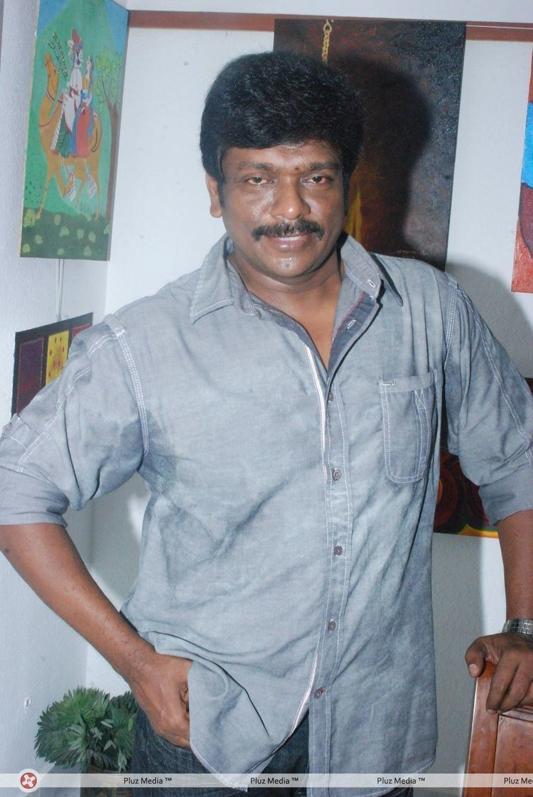 R. Parthiepan R parthiepan r parthiban at art exhibition event