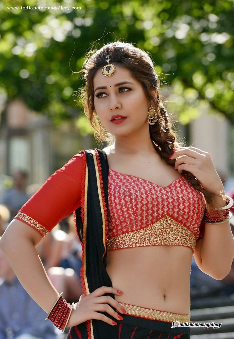 Raashi Khanna Rashi Khanna Rashi Khanna new stills from bengal tiger movie 2