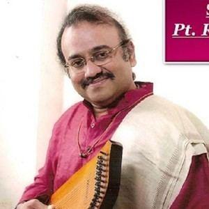 Raghunandan Panshikar Classical and semiclassical vocal by Pt Raghunandan Panshikar in