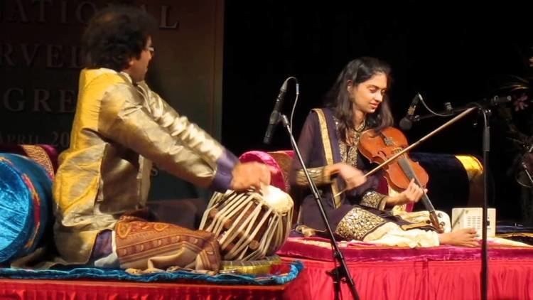 Ragini Shankar Ragini ShankarViolin Raga Vihag Part 4 YouTube