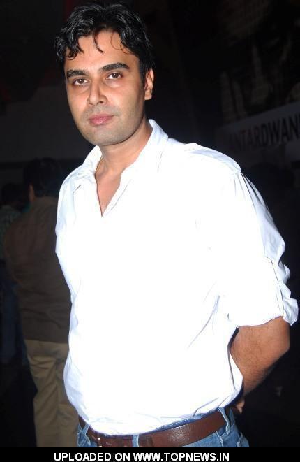 Raj Singh Chaudhary Raj Singh Chaudhary at Promotion of film Antardwand TopNews