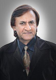 Rajesh Bhola httpsuploadwikimediaorgwikipediacommonsthu