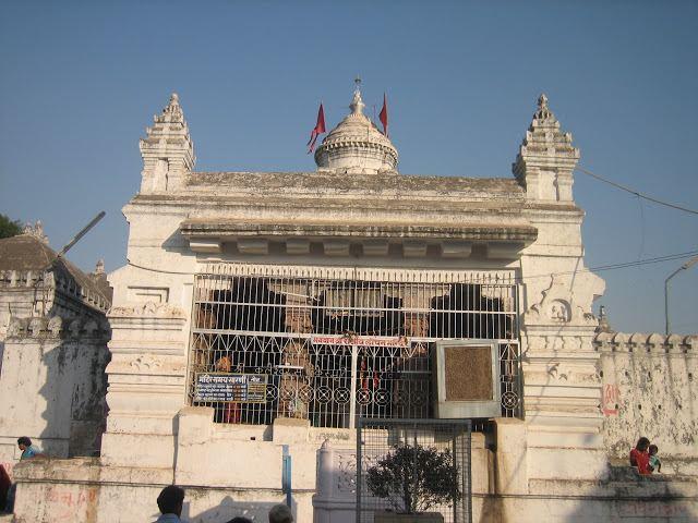 Rajim Tourist places in Rajim