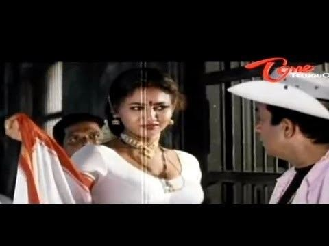 Raksha (2008 film) movie scenes Raksha Hot Cleavage Show To Brahmanandam
