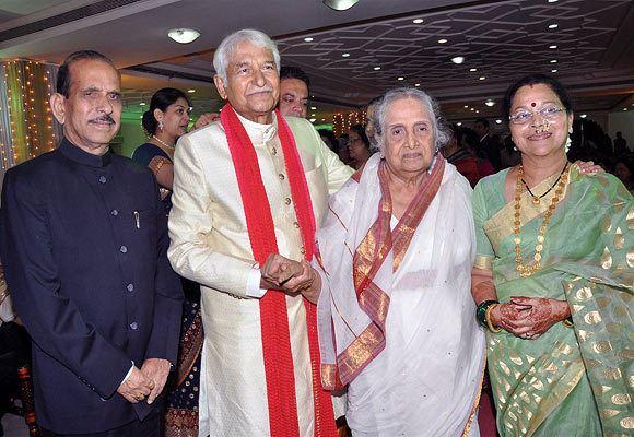 Ramesh Deo PIX Bollywood attends RameshSeema Deo39s 39wedding