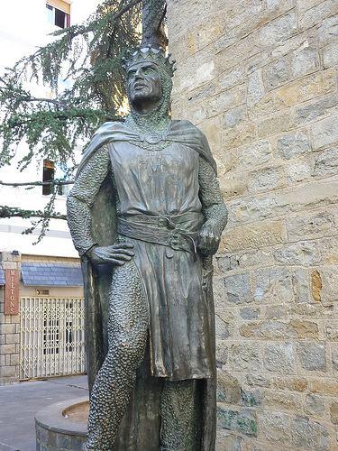 Ramiro I of Aragon Huesca Jaca Estatua del rey Ramiro I de Aragn
