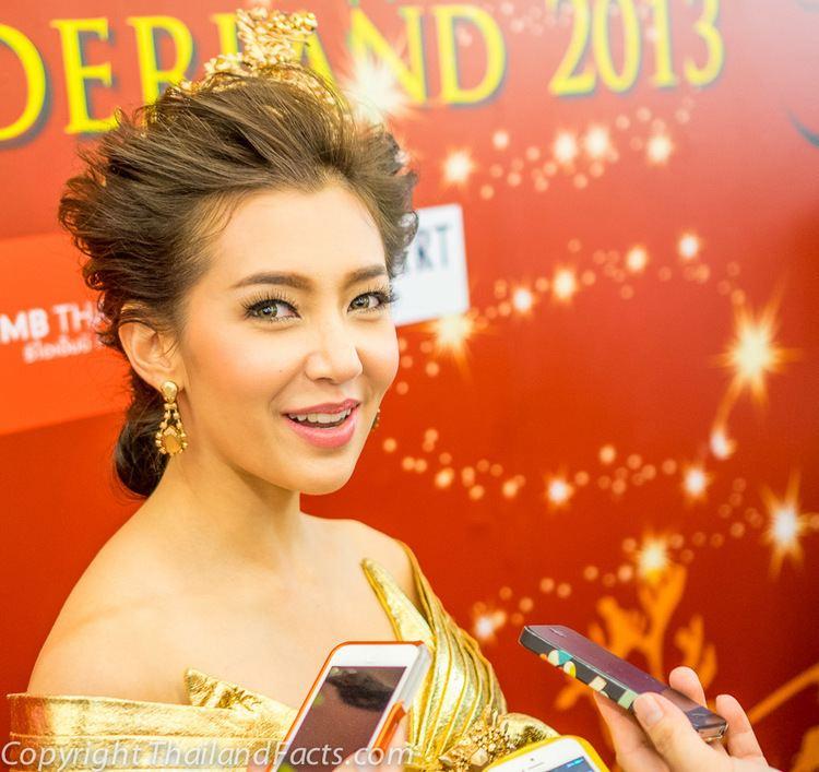 Ranee Campen Bella Ranee Campen Thai Actress at Siam Paragon Bangkok