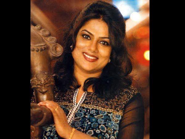 Ranjini (actress) Ranjini In Koothara Ring Master Filmibeat