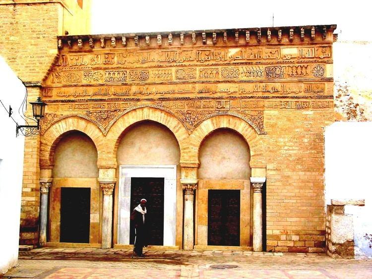 Raqqada FileQairawan Raqqada 023jpg Wikimedia Commons